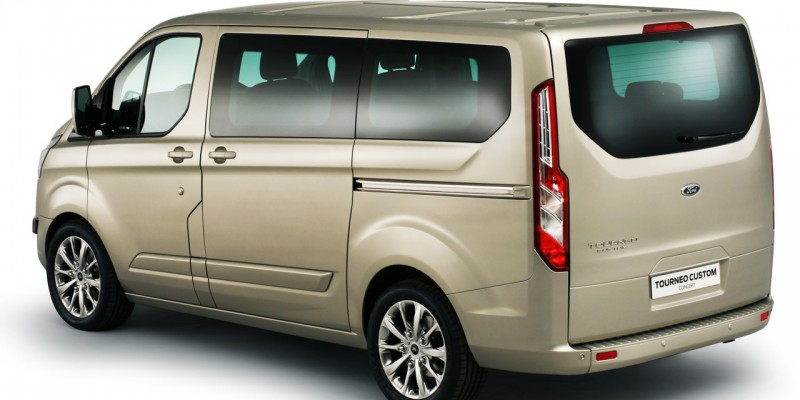 Ford Custom Tourneo  Low Roof 8 Seater Style TDCi 100ps lease